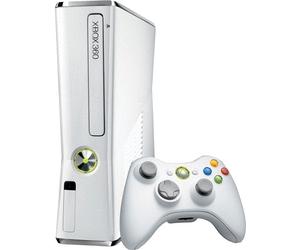 console xbox 360 slim 4 go blanche x360 console occasion pas cher gamecash. Black Bedroom Furniture Sets. Home Design Ideas