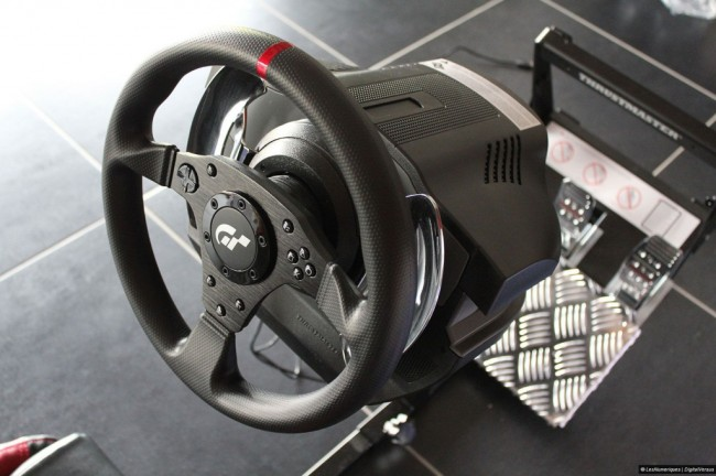 Volant Thrustmaster T500 RS (2)