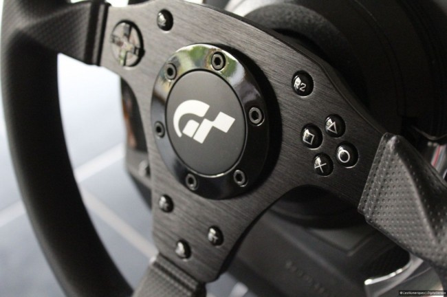 Volant Thrustmaster T500 RS (3)